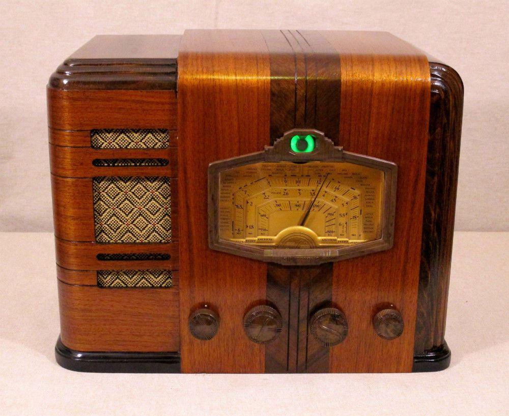 Old Antique Wood Silvertone Vintage Tube Radio Restored