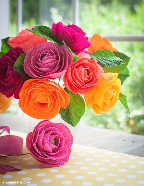 Stunning DIY Crepe Paper Ranunculus Flowers By Lia Griffith Papercraft Tutorial