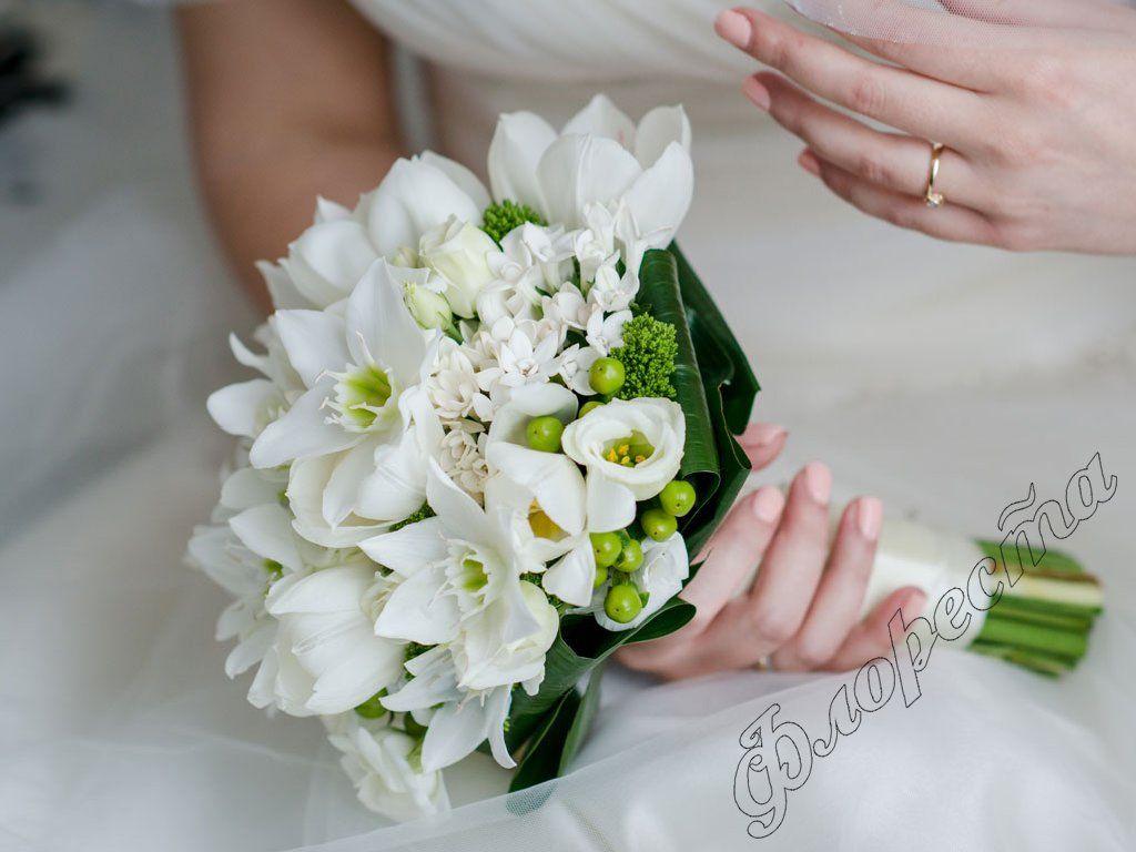 Bouquet Eucharis Cerca Con Google Bouvardia Wedding Bouquet Wedding Flowers Wedding Bouquets