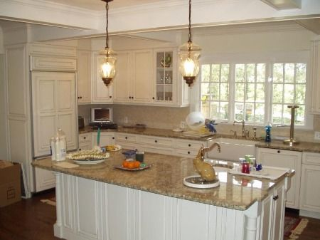 Best Kitchen White Cabinets With Brown Countertops White 640 x 480