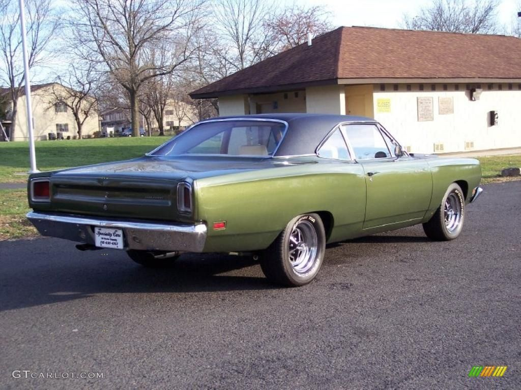 1969 plymouth roadrunner 1969 limelight green poly plymouth road runner 2 door coupe 40710994