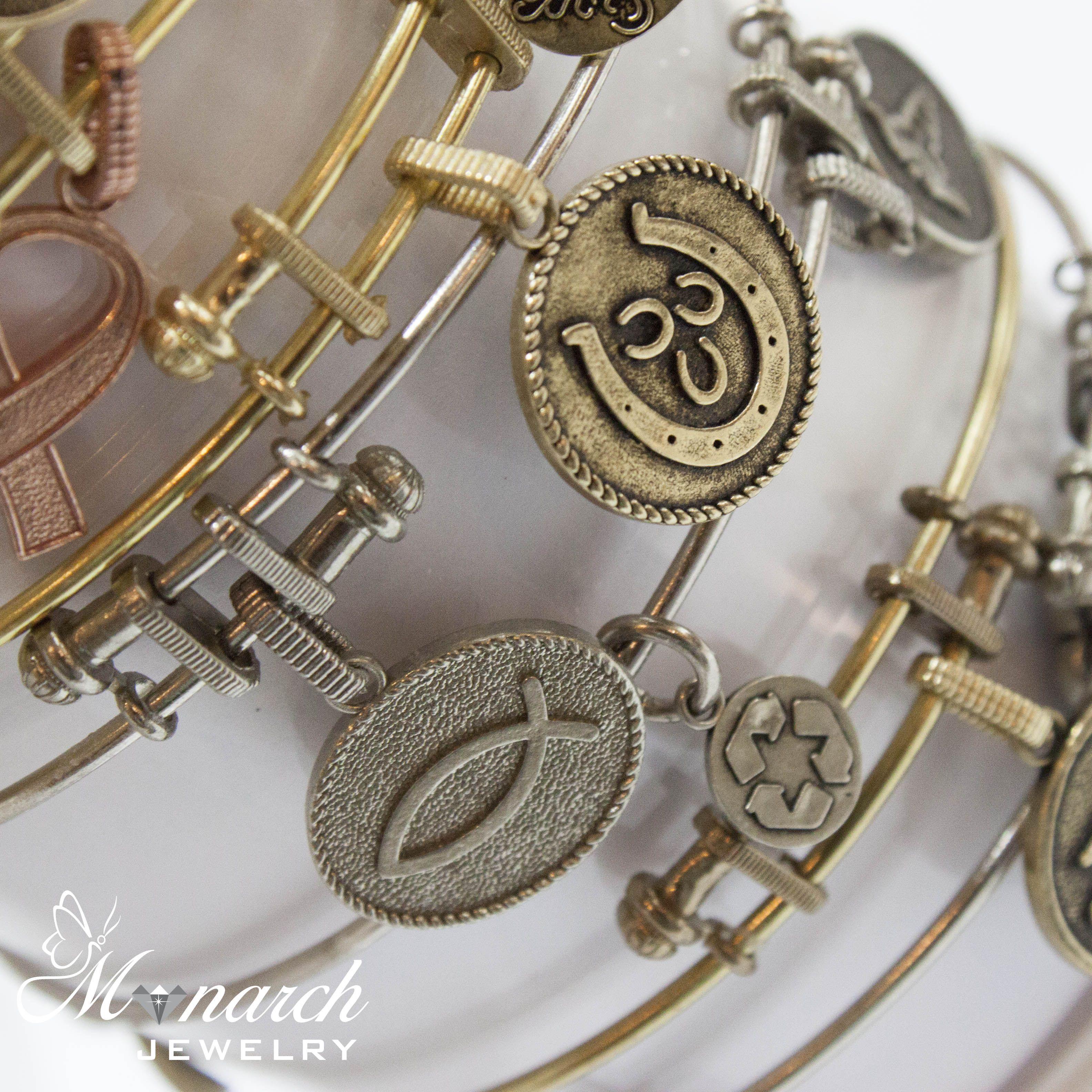 Custom Jewelry Store In Orlando Fl Monarch Jewelry Designers Monarch Jewelry Jewelry Stores Jewelry