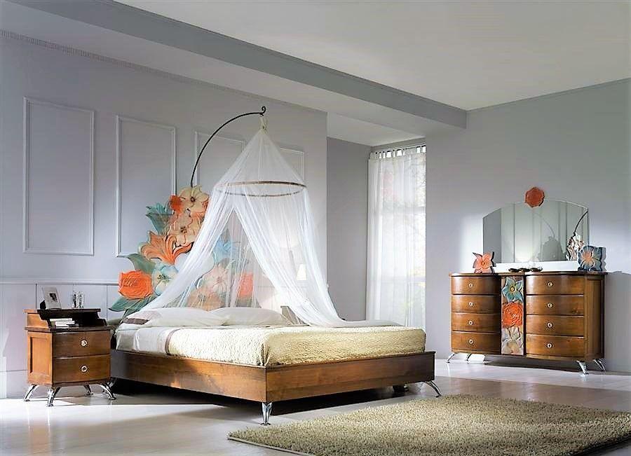 Letto fiori incantati con baldacchino tendaggi comodini #nottestella ...