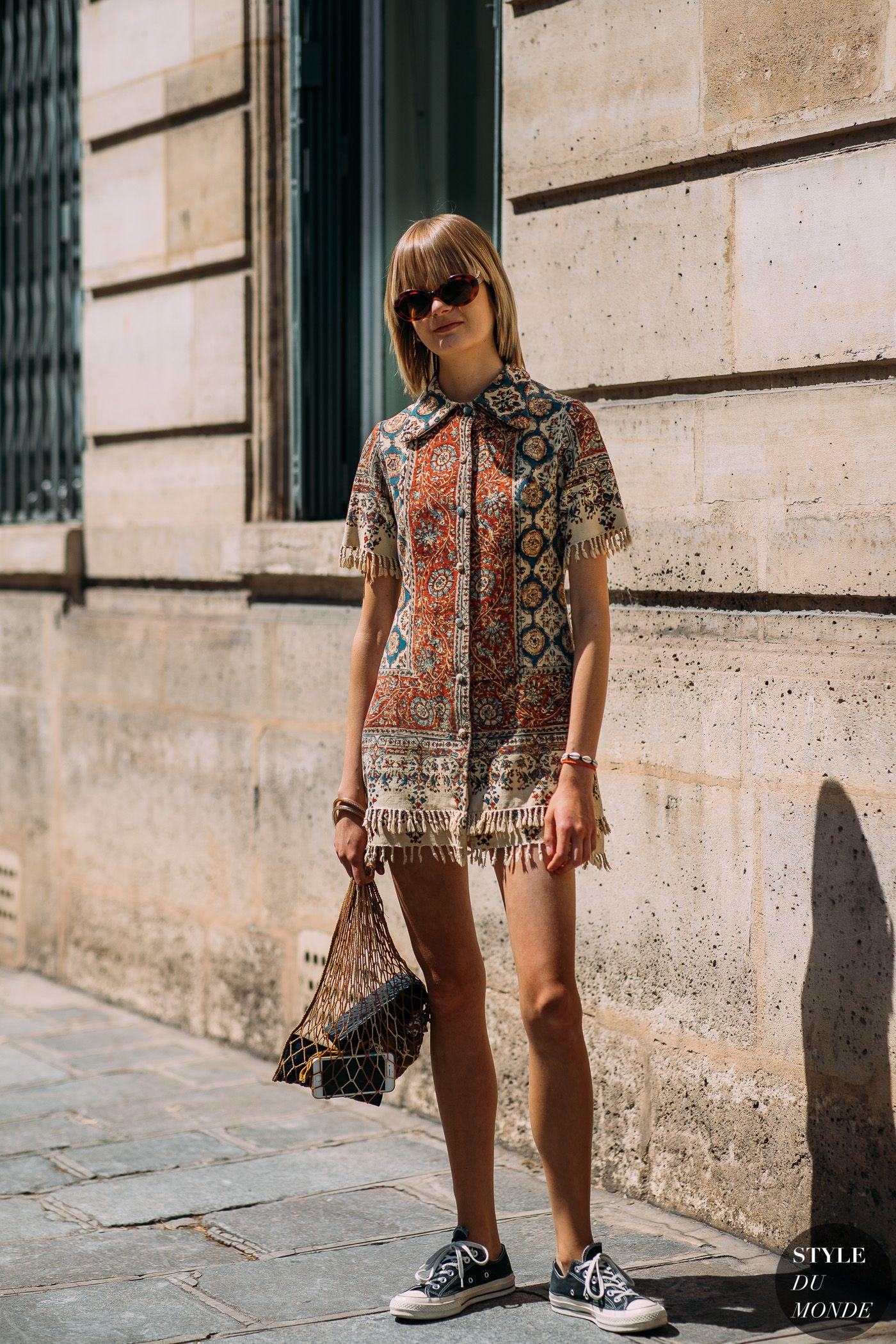 Haute Couture Fall / Winter 2018/19 Street Style: Caroline Schurch - STYLE DU MONDE | Street Style Street Fashion Photos Caroline Schurch #bohostreetstyle