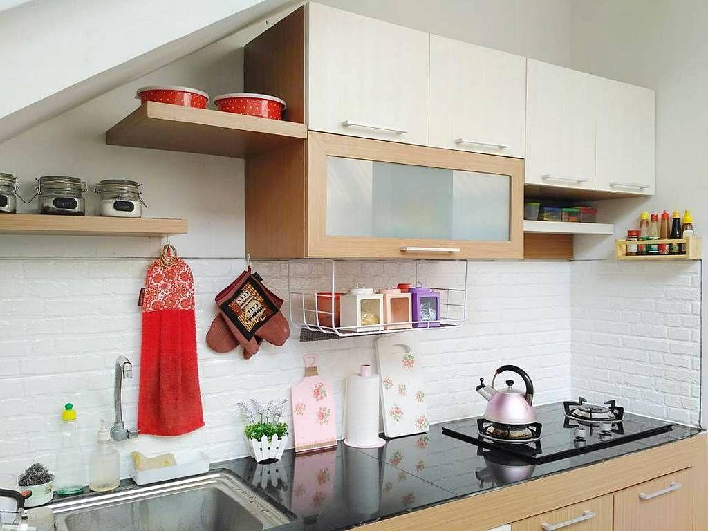 Pin By Zizi Hom On Dapur Kecel Kitchen Cabinets