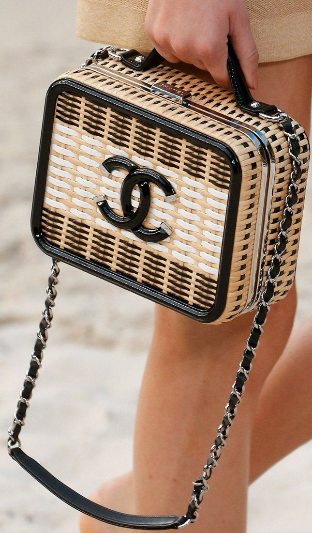 8f2332f1f337 Chanel Spring Summer 2019 Runway Bag Collection