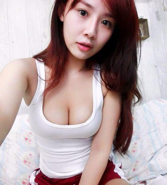 Cerita Sex Mahasiswi Bandung Yang Hot