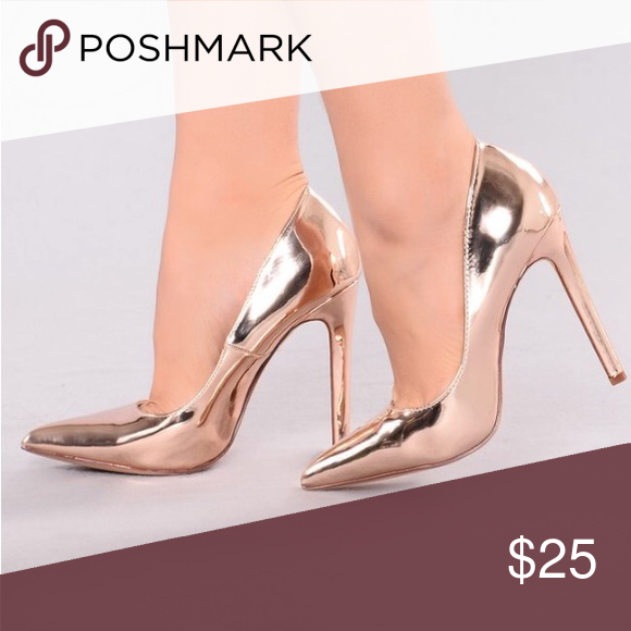 7df200d8ff7 Ashanti pump Brand new size 10 rose gold 4.5 inch pumps Shoes Heels