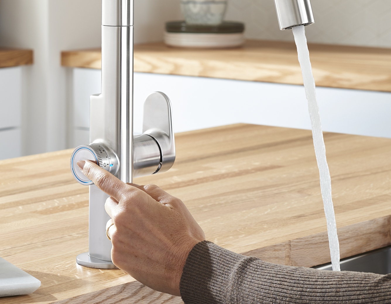 Touch On Kitchen Faucets Deliver An Adjustable Set Volume Of Water Ditch Your Measuring Cup For The B Touch Kitchen Faucet Kitchen Faucet Best Kitchen Faucets