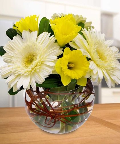 Gerbera Daisy Daffodil Bowl With Images Easter Flower