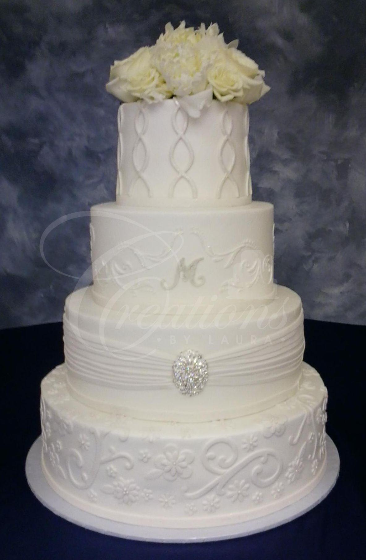 elegant royal blue and white wedding cake ideas, add royal blue ...