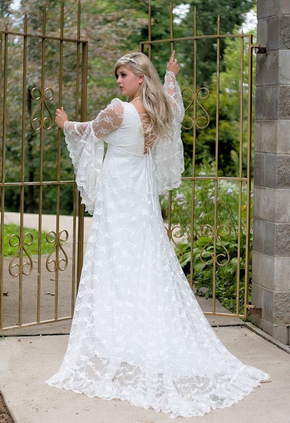 30859a934e Ophelia Lace Medieval Fantasy Romantic Gown by RomanticThreads ...
