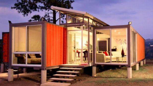 2 containers de 40 pieds, des vitres au milieu et voilà pour une - plan d une maison simple