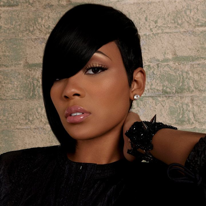 monica brown rocking hairdo