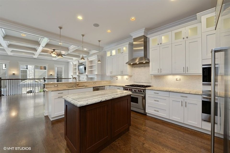 3451 n oakley ave chicago il 60618 zillow types of