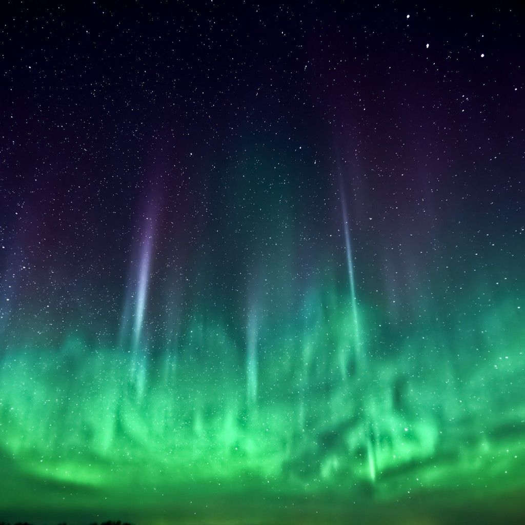 Northern Lights iOS 7 Parallax iPad Wallpaper HD Iphone