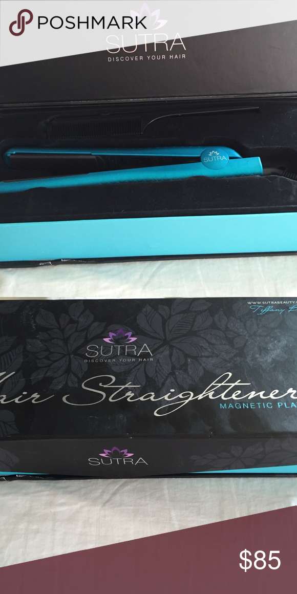 """SUTRA Hair Straightener Magnetic Plates Metallic Series Color is Turquoise Size 1.25"""" Never Used includes box w Sutra Comb! SUTRA Makeup Brushes & Tools"""
