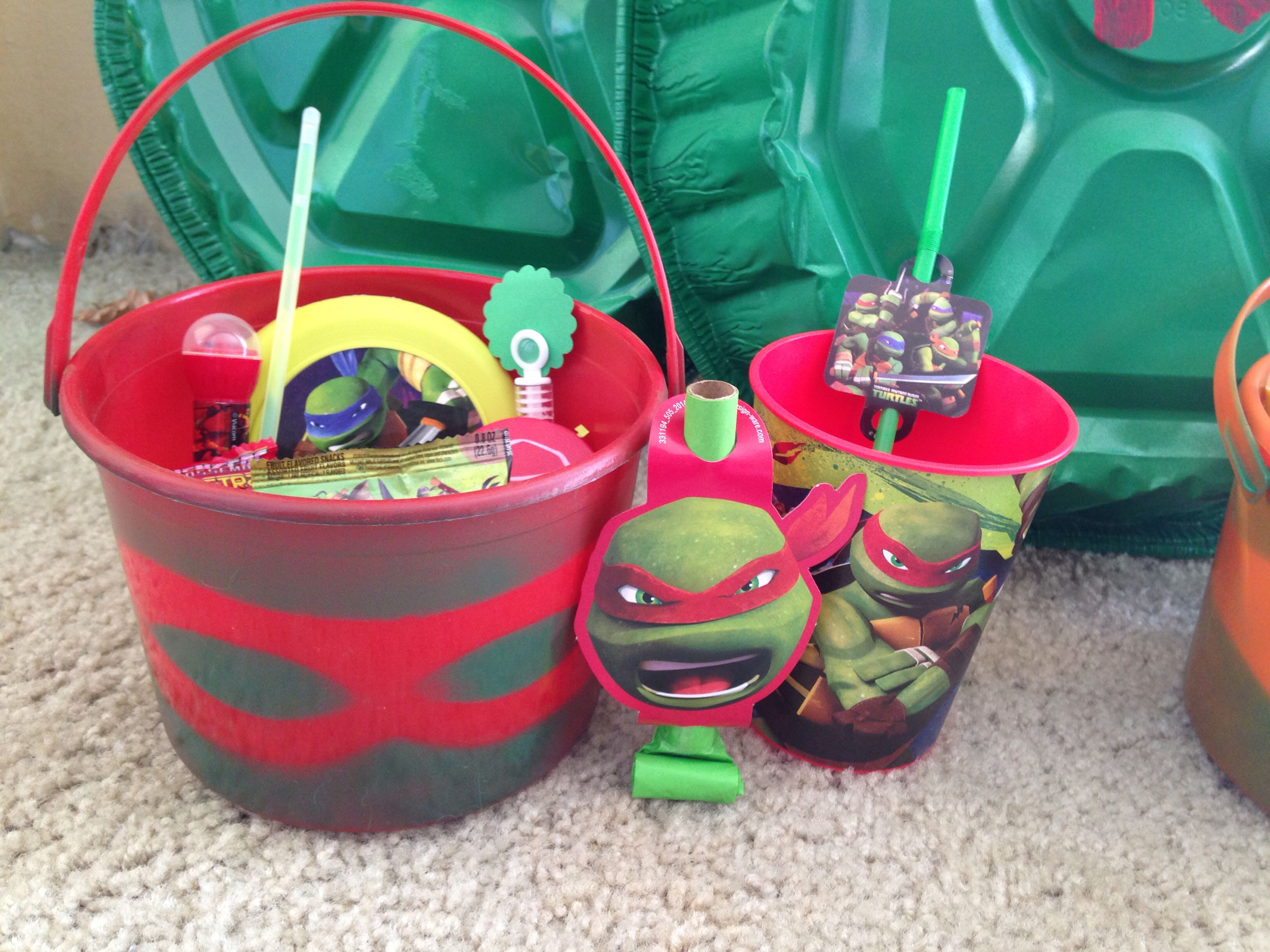 tmnt party favor ideas! take a bucket, put a ninja mask around it