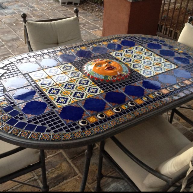 Table made from talavera tiles talavera sun gorgeous for Azulejo de talavera mexico