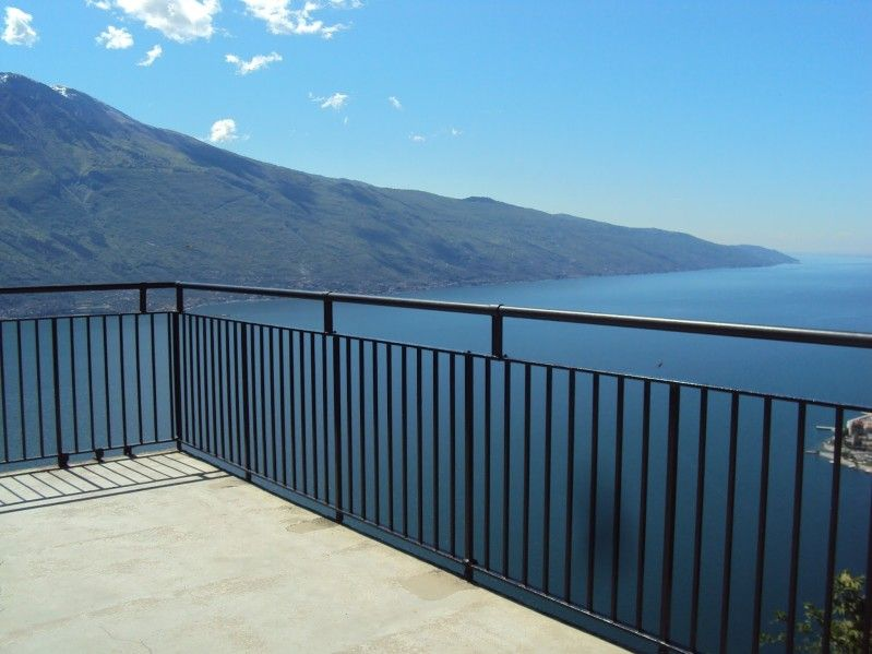Punto panoramico Terrazza del Brivido a Tremosine @GardaConcierge ...