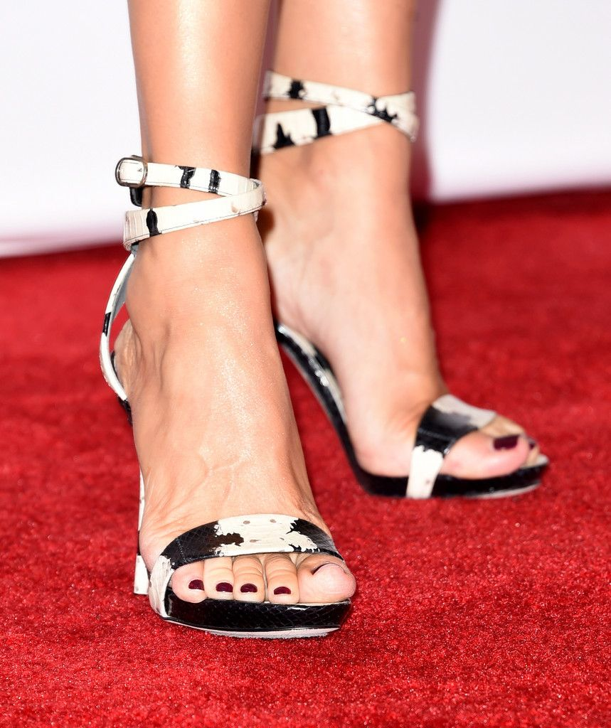 celine dion feet - Pesquisa Google   Feet and Sandals