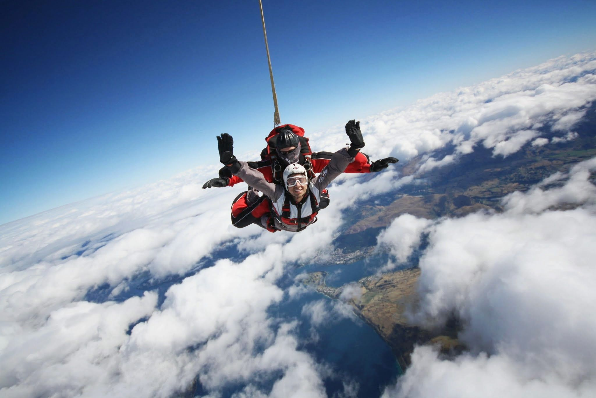 Embrace The Fear Nzone Skydiving Queenstown Nz Queenstown Skydiving Natural Landmarks