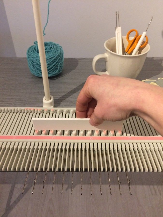 How To Use A Knitting Machine | Knitting Machine | Pinterest ...