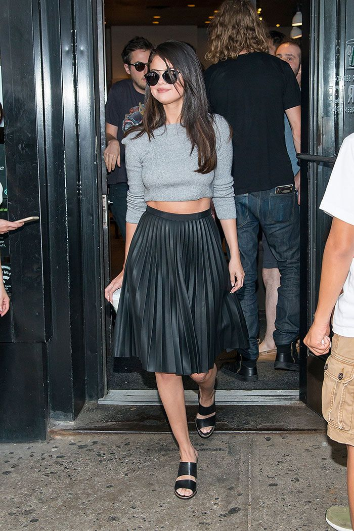 Selena Gomez in sweet outfit | Celebs in 2019 | Fashion, Pinterest fashion, Style