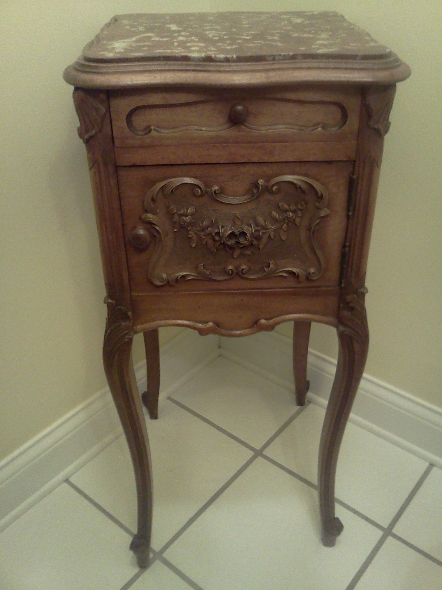 Victorian carved rosewood center table w marble turtle top cottone - Victorian Pot Cupboard Used To Store Your Chamber Pot