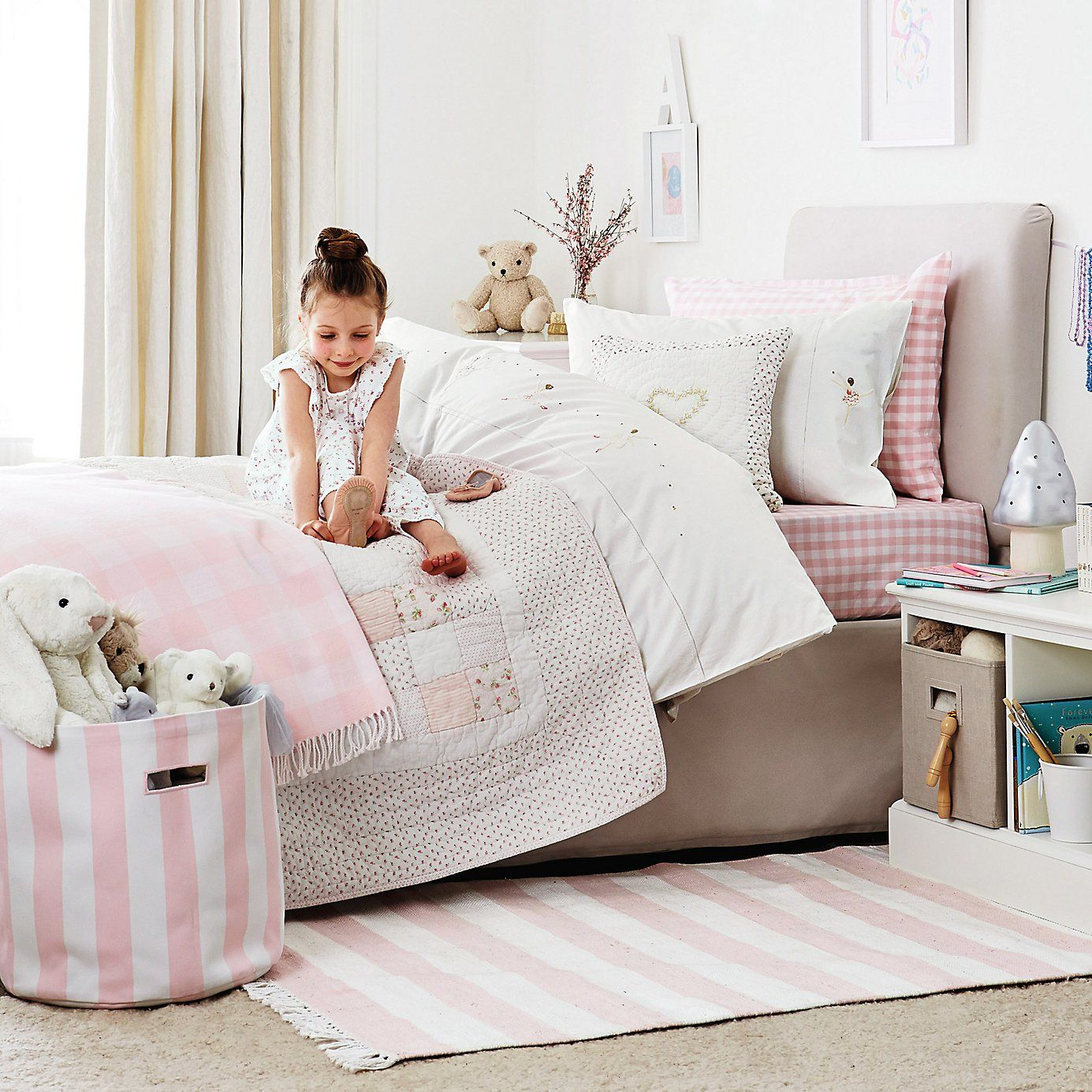 Vintage Floral Single Quilt From The White Company Childrens Bedroom Accessories The White Company Childrens Bedrooms