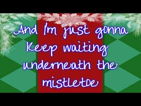 """""""All I Want For Christmas Is You"""" Mariah Carey 