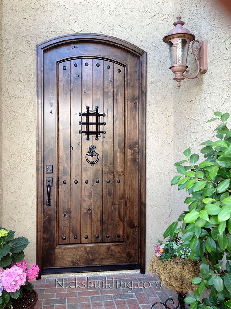 http://www.nicksbuilding.com/IMAGES/arched-exterior-door-in-rustic ...