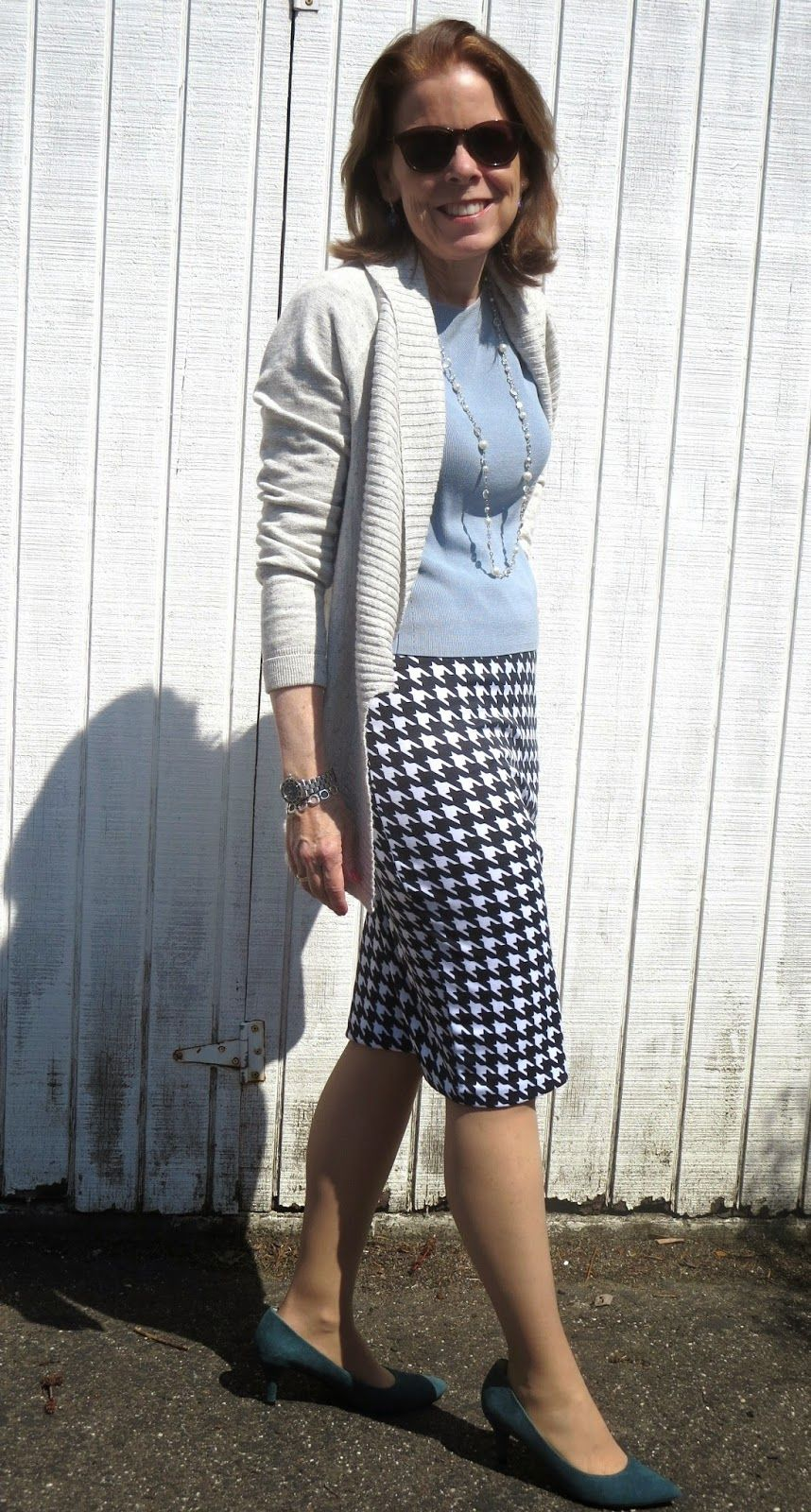 Need a skirt to take on trips? This Covered Perfectly skirt is comfy for work and dinners out. The lightweight, jersey material makes it a great piece for tucking into luggage.