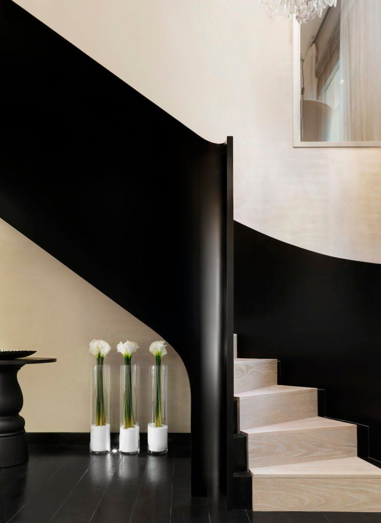 21 Spiral Staircases That Will Make Your