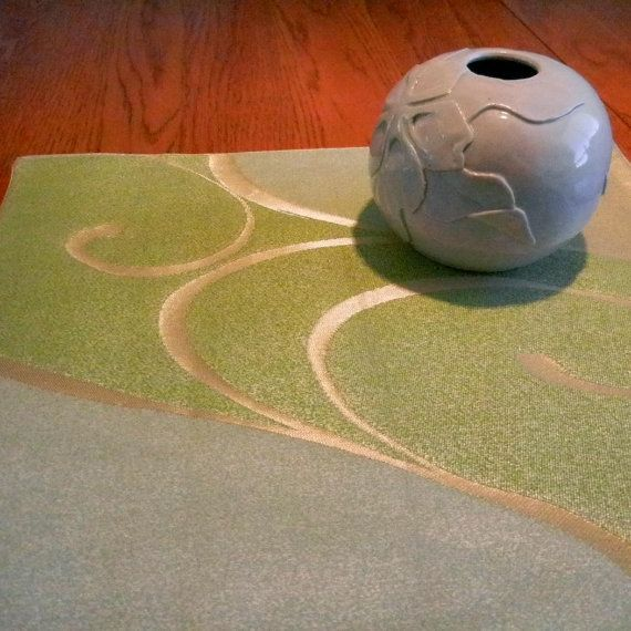 Green and gold swirl silk candle or vase mat