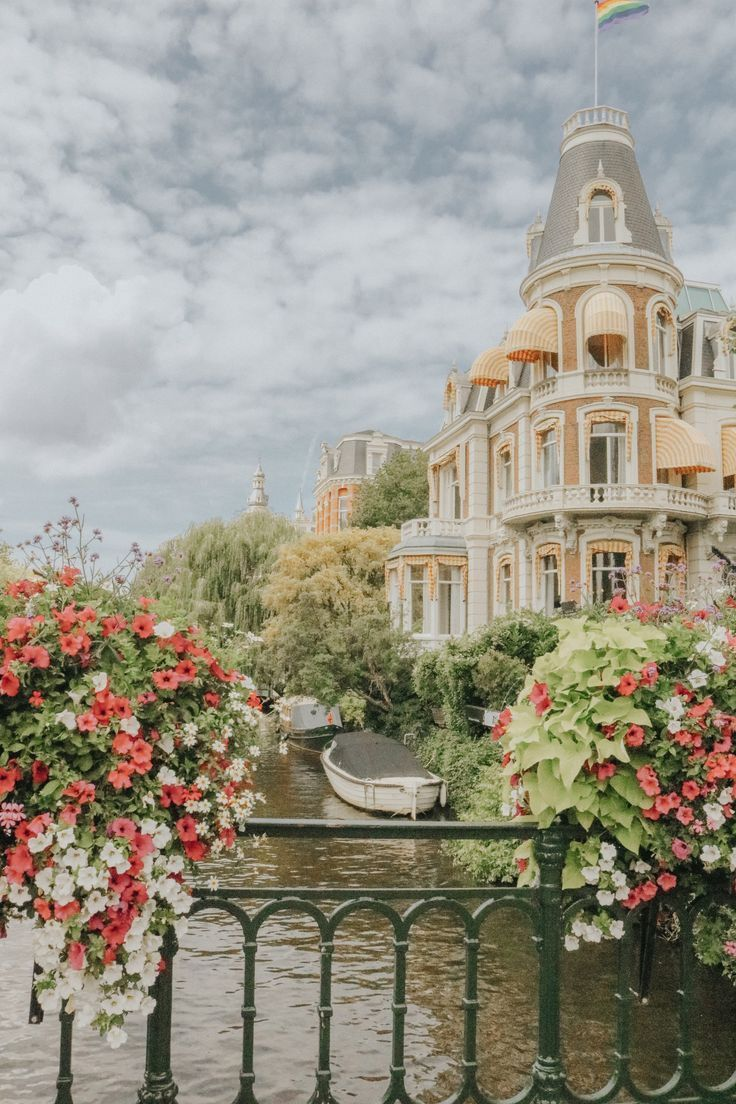 Instagrammable Places in Amsterdam- Amsterdam Travel Guide