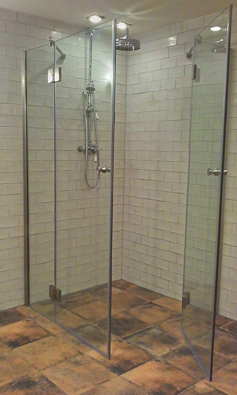 Faltbare Dusche Aus Glas Fur Ihr Badezimmer Bodeneben Und Ohne