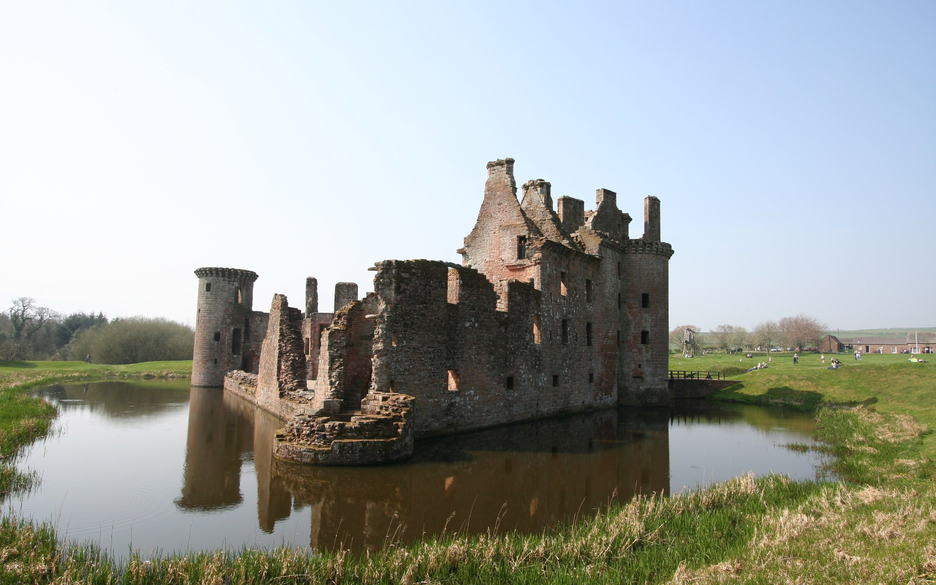 Man Made Caerlaverock Castle  Sfondo