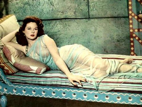 1950s Hollywood fashion: SUSAN HAYWARD in David and Bathsheba ...