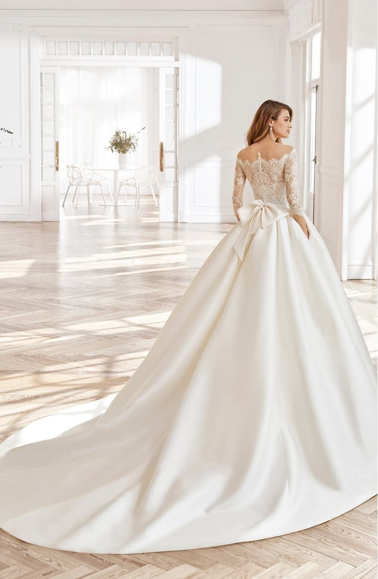 Aire Barcelona North Lace Sleeve Ballgown Wedding Dress Nordstrom Ball Gown Wedding Dress Aire Barcelona Wedding Dresses Ball Gowns Wedding [ 1164 x 760 Pixel ]