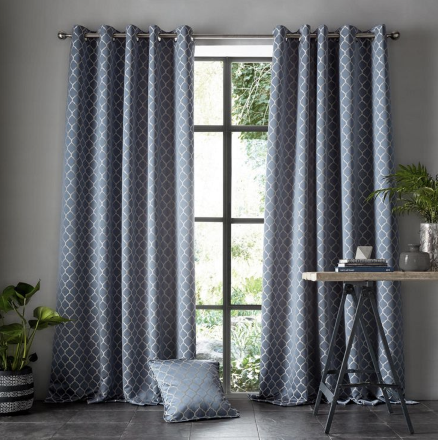 Eyelet Headed Lined Curtains