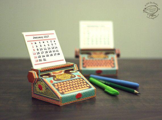Calendar Typography Kit : Diy printable paper desk calendar papercraft by