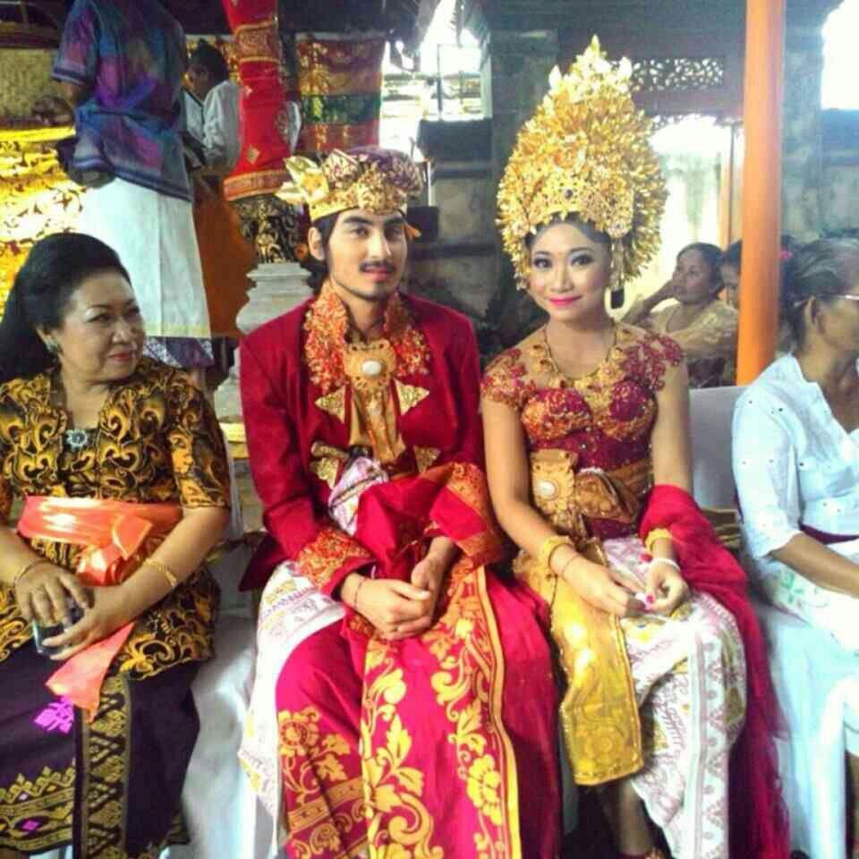 Gambar Pakaian Adat Suku Bali
