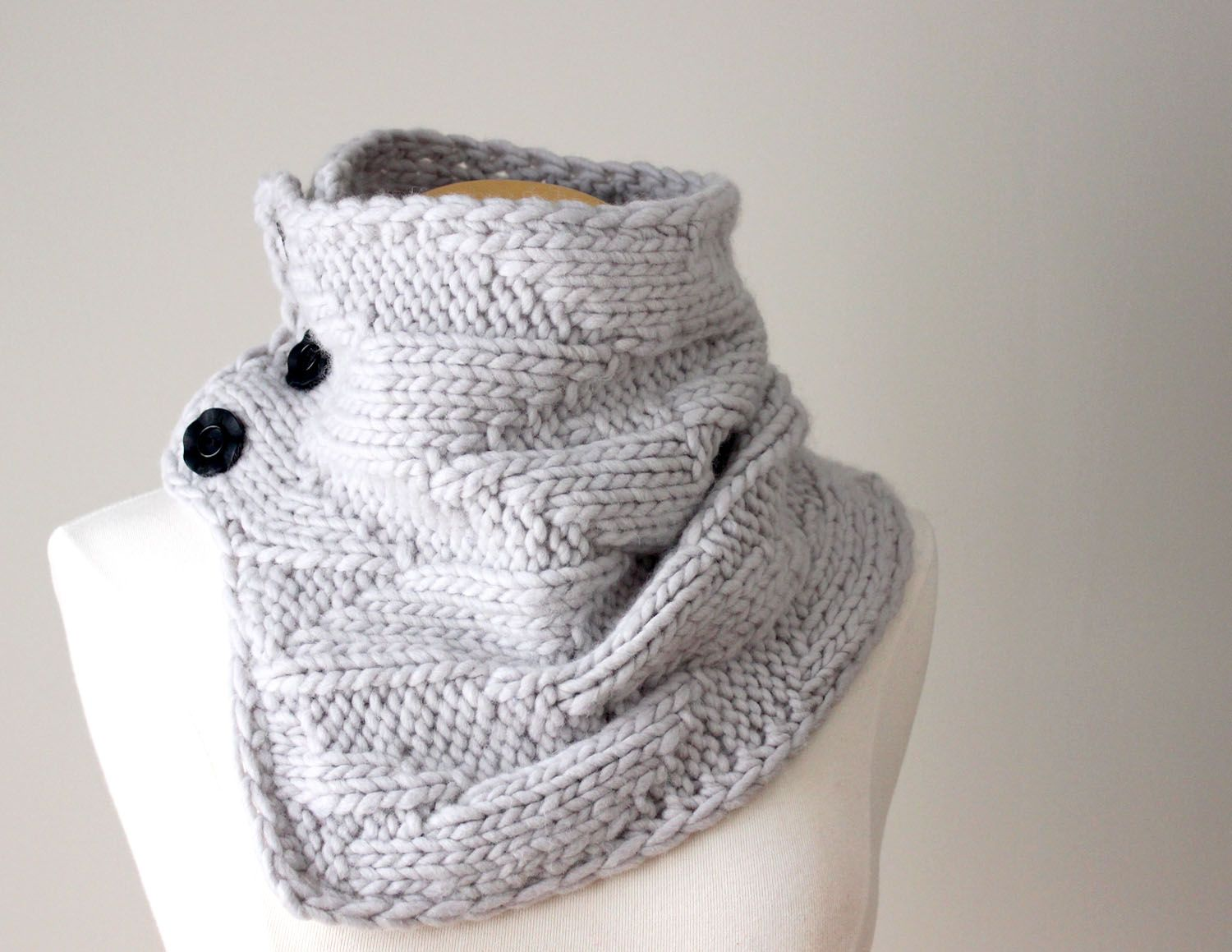 Grab this Free Knitting Pattern Cowl, Subscribe Now!   Knitting ...
