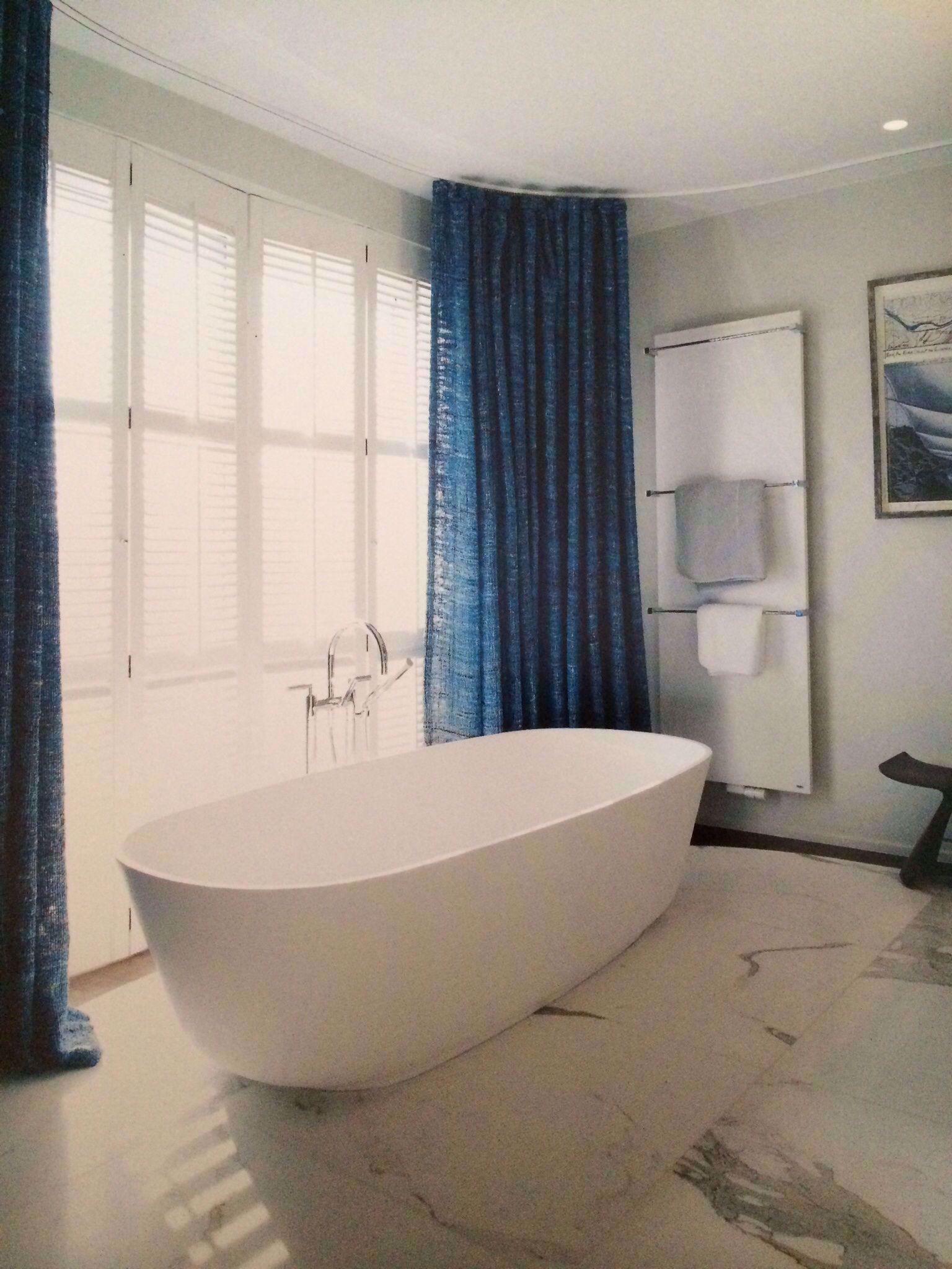 Gordijnen In Badkamer In 2020 Bathroom