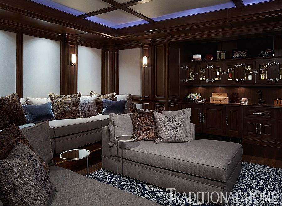 Bill And Giuliana Rancic S Chicago Home Media Room Seating Brownstone Homes Home