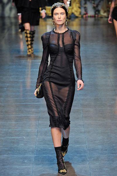 Dolce & Gabbana Fall 2012 Ready-to-Wear Collection Photos - Vogue