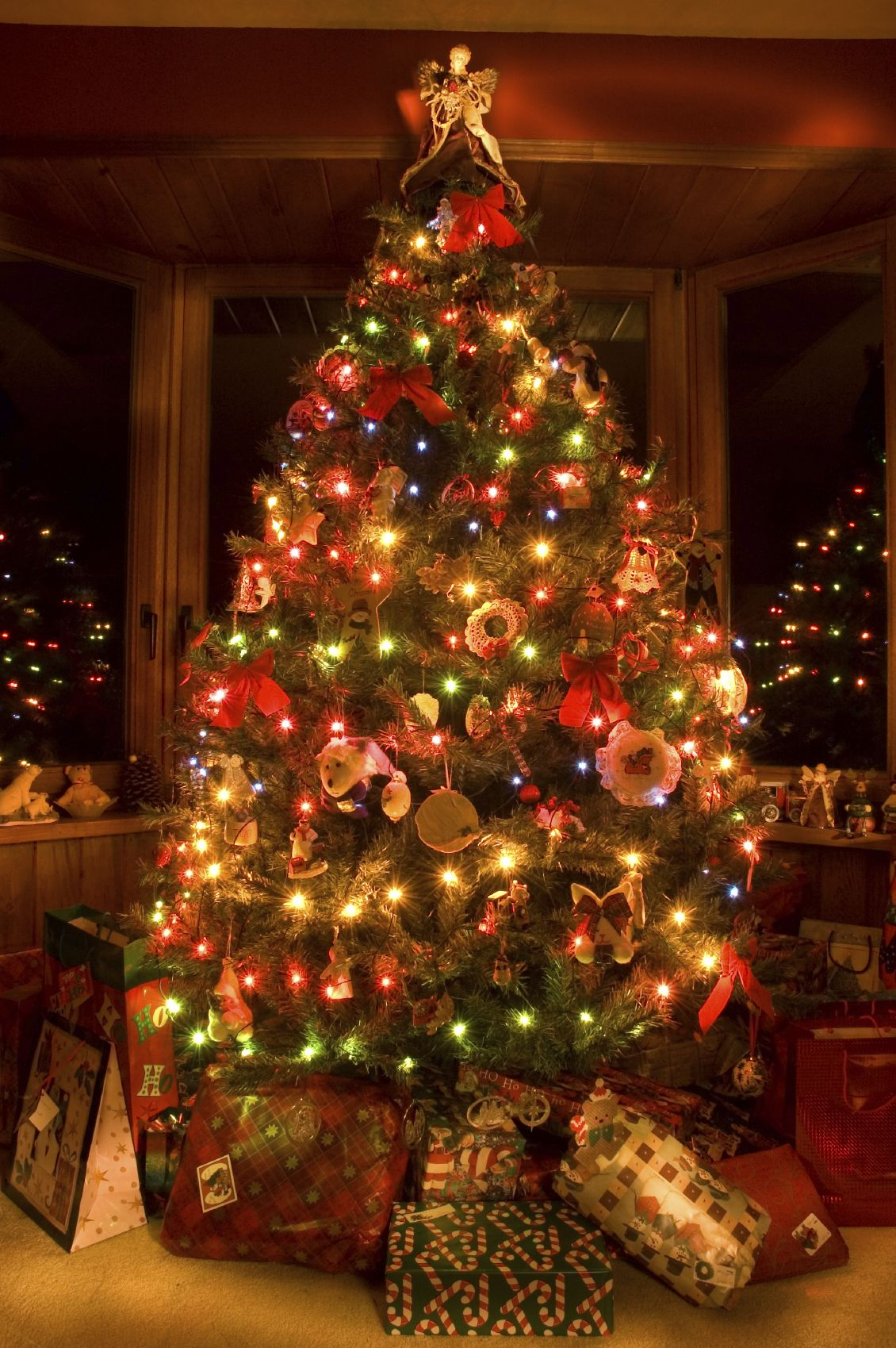 What Christmas Means To A Mormon Christmas Tree With Gifts Christmas Tree Decorations Real Christmas Tree