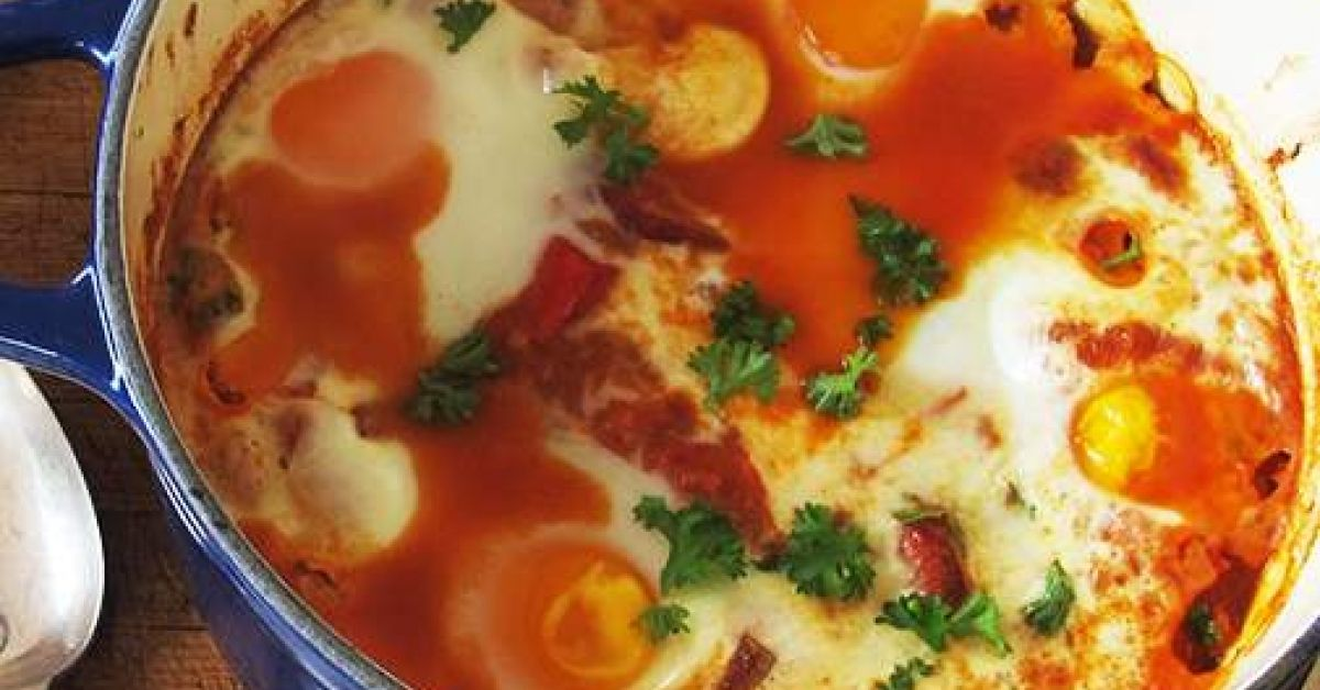 BAKED EGGS, CHORIZO & CANNELLINI BEANS thermomix recipe