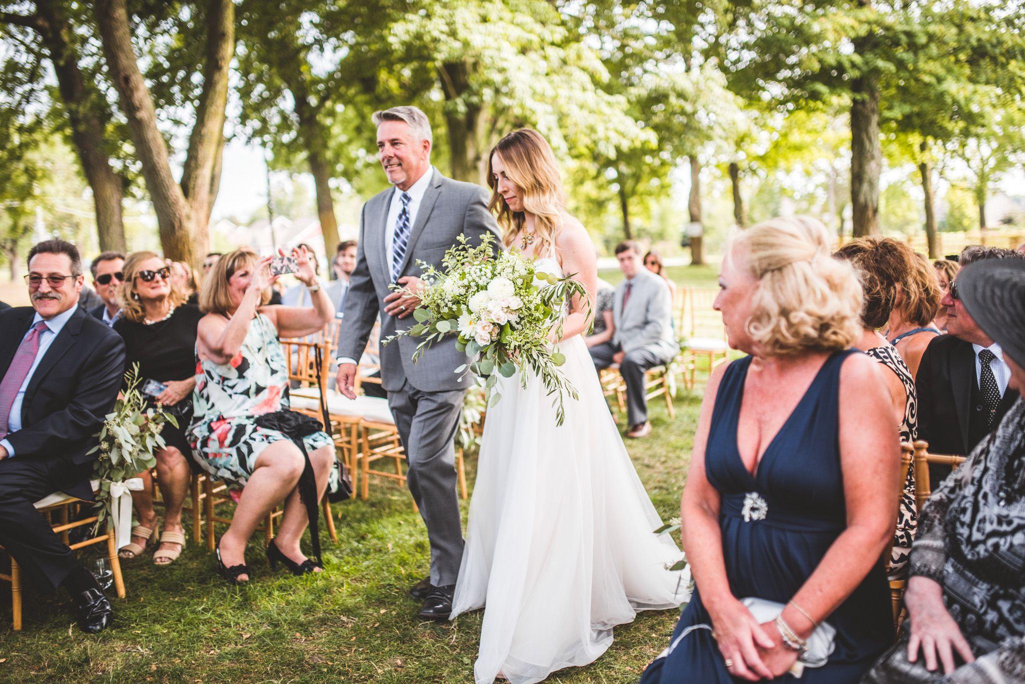 Wedding at Zingerman's Cornman Farms in Michigan. Rustic ...